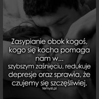 Zasypianie obok kogoś, kogo się kocha...